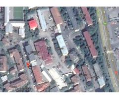 Cladiri administrative, spatii de birouri si garaje cu teren aferent
