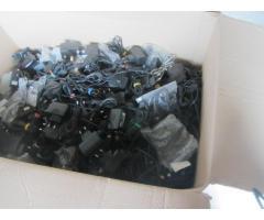 (telefoane mobile modele vechi,adaptoare, incarcatoare,piese de schimb si 6 laptopuri