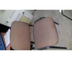 Vanzare 32 mijloace fixe-mese, scaune, dulapuri, birouri, rafturi, cuiere, etc,