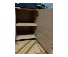 Dulăpior lemn cu role