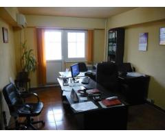 •Imobil situat in Giurgiu, Bulevardul CFR, bl. 39, sc. B, etaj 1, apt. 21, jud. Giurgiu