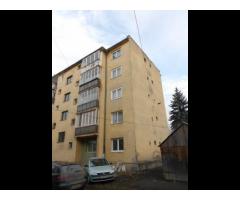 Imobil situat in Gheorgheni, Cartier Florilor, bloc 39, sc. A, ap. 3, parter, jud. Harghita.