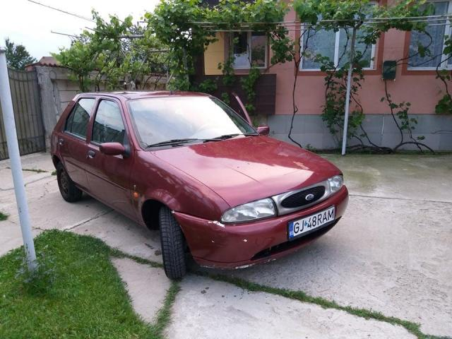 Ford Fiesta - 1/3