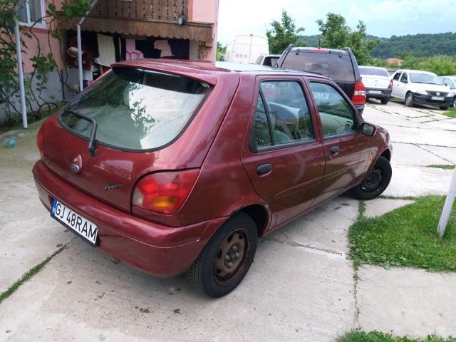 Ford Fiesta - 3/3
