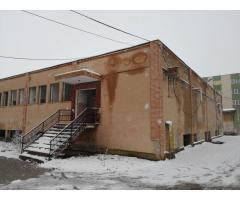 Imobil, fosta cantină Azoma, situată în Sanicolau, Arad