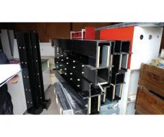 Lichidator judiciar vând mobilier, accesorii și aparatură specifică comertului