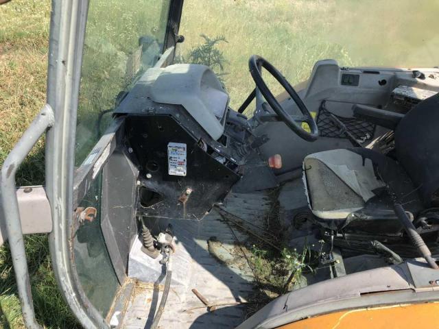 Lichidator judiciar vand Tractor Renault 325 - 2/5