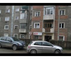 •Imobil situat in Resita, Str. G. A. Petculescu nr. 3, bl. 3, sc. 2, parter, nr. ap. 1, jud. Caras-