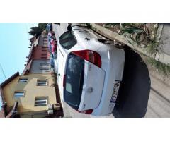 Lichidator judiciar vand autoturism M1 Hyundai - alb