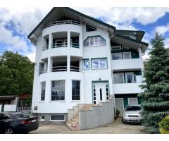 Casă de locuit, situat în localitatea Piatra-Neamț, Str. Petru Movilă nr. 146, Jud. Neamţ