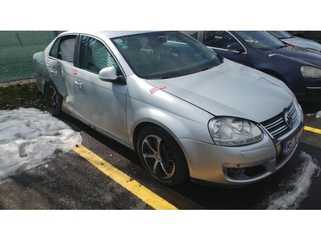 Autoturism VW JETTA (gri) - 1/3