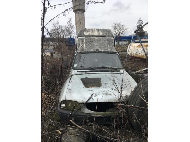Autoutilitara Dacia - 1/5